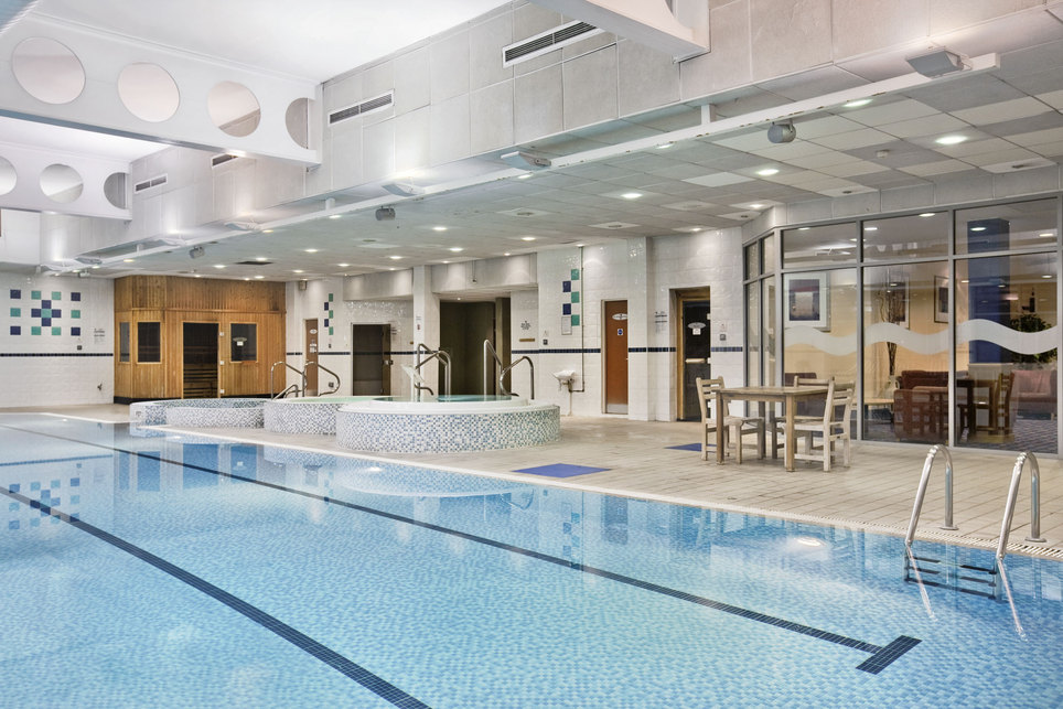 hilton strathclyde total swimming