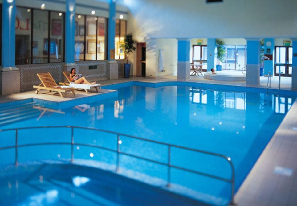 Breadbury_pool_