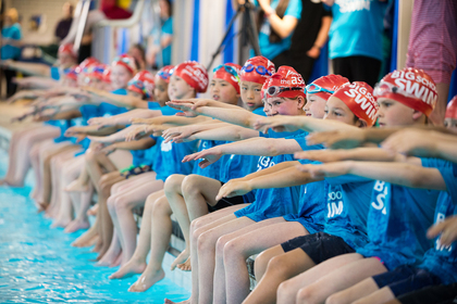 Big_school_swim_3