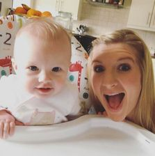 Rebecca-adlington-and-baby-daughter-summer